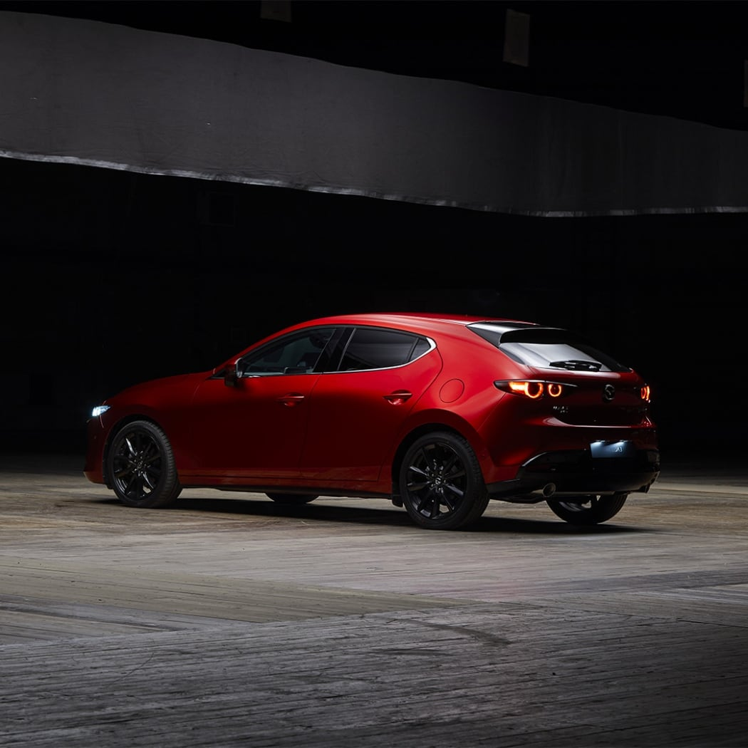 karusell-2_2019_m3-hb_bip-4_all-new-mazda3_launch_campaign_som_campaign---hero-stories_k4a0468_in_3_0-1_5.jpg